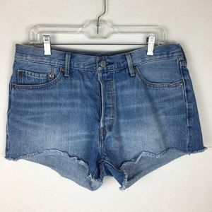 Levi's 501 Cut-off Button Fly Shorts size 32